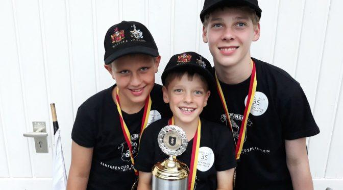 Nusplinger Jugendtrio holt drei Weltmeistertitel